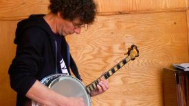 Le banjo, façon Jimmy Hendrix